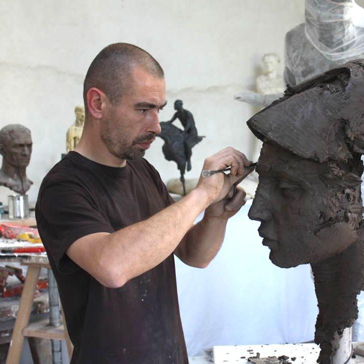 Скульптор Кристоф Шарбоннель